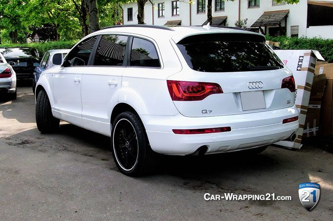 Car wrapping Audi Q7 schwarz weiß