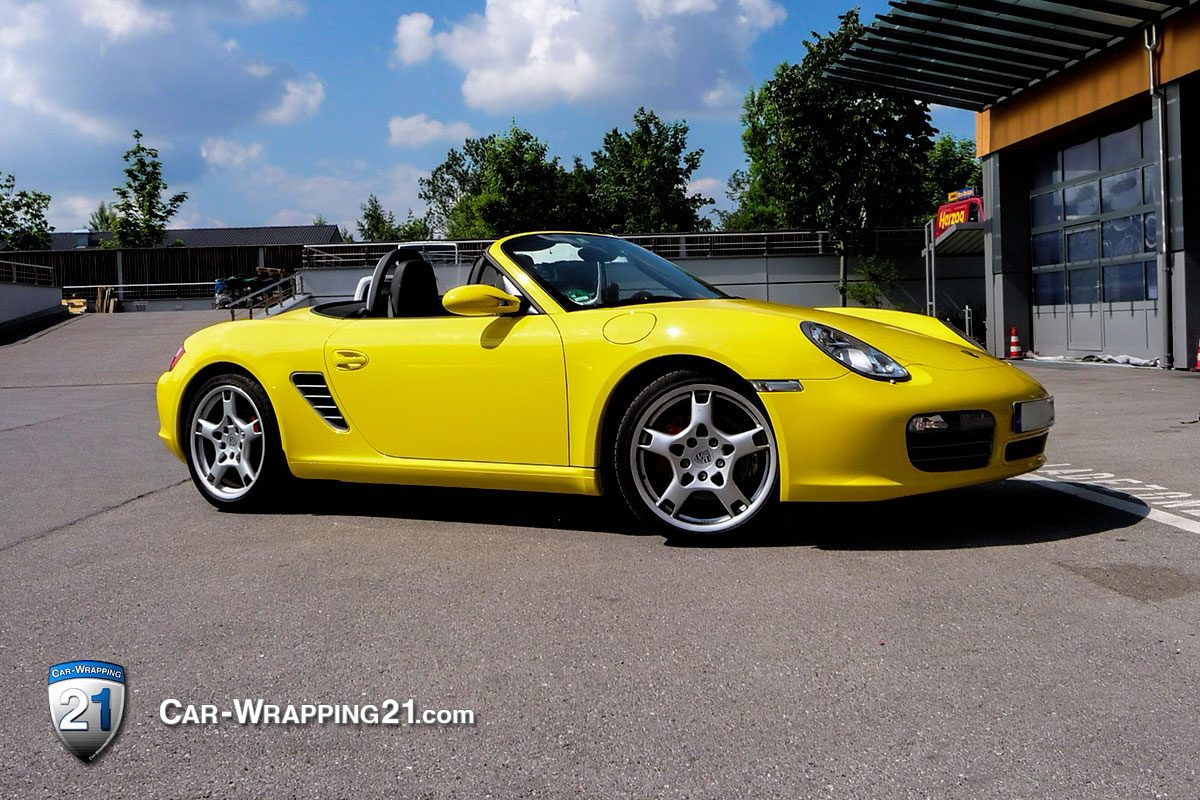 car wrapping-porsche-cabrio-gelb-blogger01